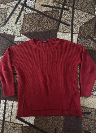 Свитер вязаный красный с разрезами хл1 фото