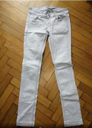 Брендові світлі джинси