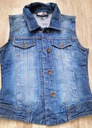 Жилетка джинсовая xs-s