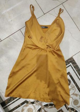 Красиве гірчичне  літнє плаття