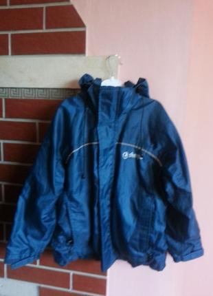 Спортивная куртка ветровка для мальчика 7-8 лет