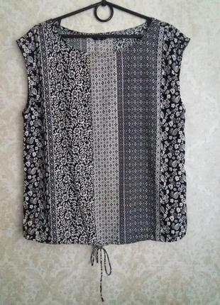 Красивая блуза-майка в мелкий цветочек и принт от британского бренда m&co