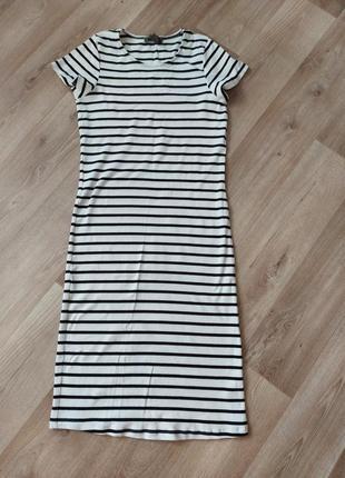 Платье,платье в рубчик.
