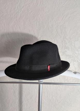 Стильная шляпа levis оригинал