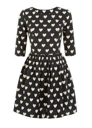 Нереальное платье в сердца
