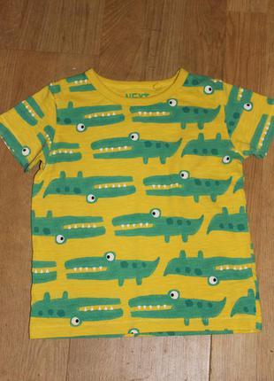 Супер класна футболка в крокодили next