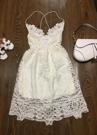 Нереально красивое нарядное платье дорогое кружево длина миди