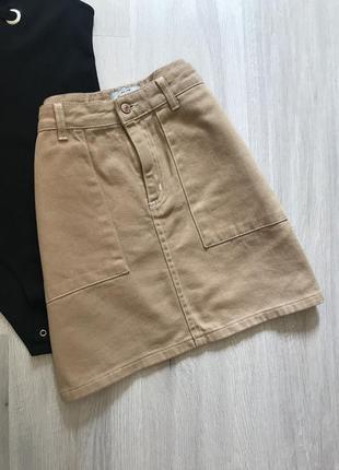 Спідниця міні джинс денім пісочного кольору з кишеньками / джинсовая юбка с карманами деним трендовая короткая мини