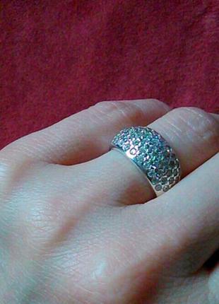 Кольцо с дорожкой фианитов из серебра 925 пробы