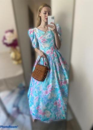 Винтаж. красивое пышное платье с цветочным узором7 фото