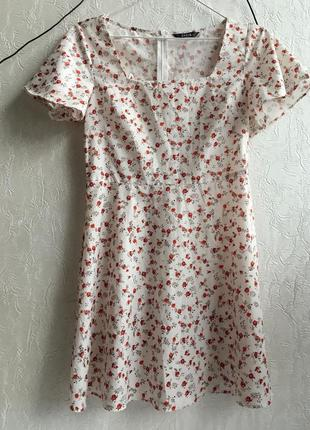 Белое платье с квадратным вырезом в цветочный принт shein