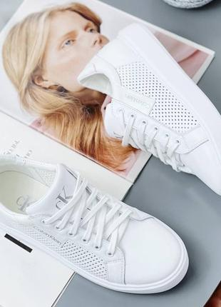 Шикарные кроссовки натуральная кожа новинка