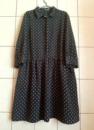 Базовое серое  платье рубашка с геометрическим принтом