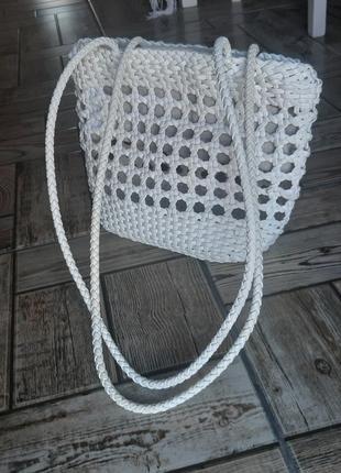 Летняя плетеная белая сумка zara