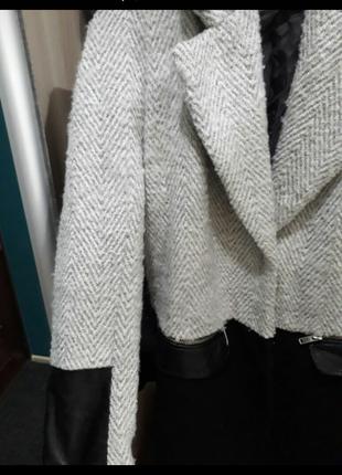 Очень классное пальто от river island