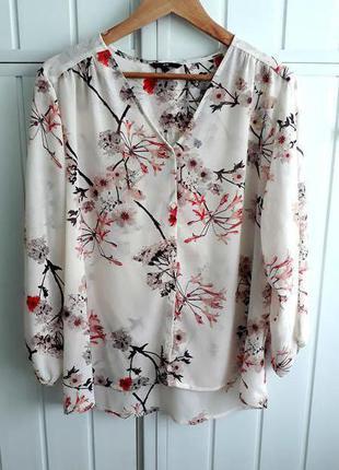 Шифоновая блуза с красивым принтом