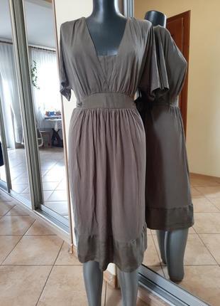 Вискозное с пояском платье 👗большого размера