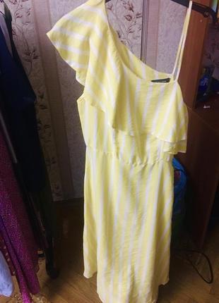 Лёгкое льняное платье миди.