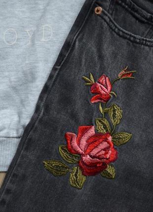 Бомбезні мом джинси tally weijl із чудовою вишивкою3 фото