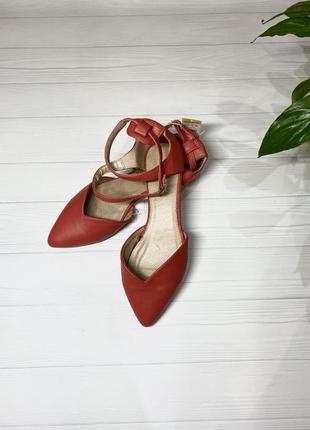 Туфли лодочки, красного цвета