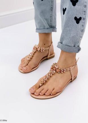 Босоножки шлепанцы сандалии в камнях бежевые эко кожа3 фото