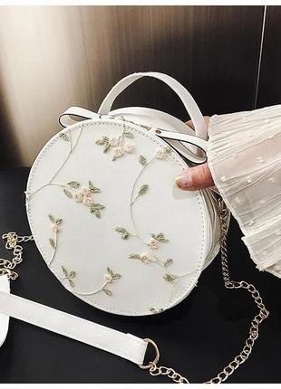 Женская сумка/клатч с вышивкой