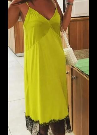 Лаймовое платье комбинация черное кружево zara