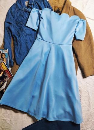 Boohoo платье голубое миди с открытыми плечами с пышной свободной юбкой большое батал