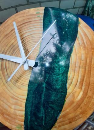 Часы сувенир подарок годинник дерево и эпоксидная смола стиль лофт скандинавский