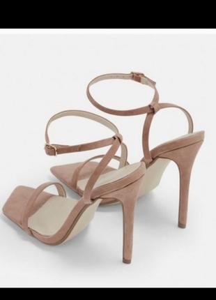 Босоножки квадратный носок на каблуке бежевые нюд мокко