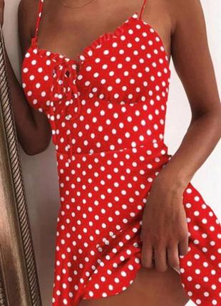 Платье красное в белый горошек ,на тоненьких бретелях.