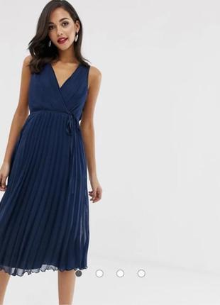 Платье миди с поясом и плиссированной юбкой asos design