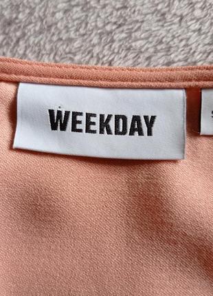 Персиковое платье weekday4 фото