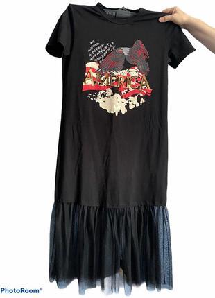 Спортивное платье футболка с фитиновой юбкой под кроссовки