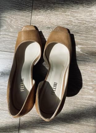 Італійські шкіряні туфлі fellini