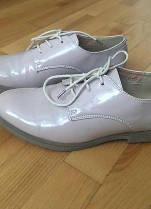 Туфлі розмір 37 встилка 23,5 см