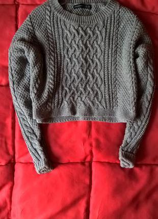 Укороченный оверсайз свитер