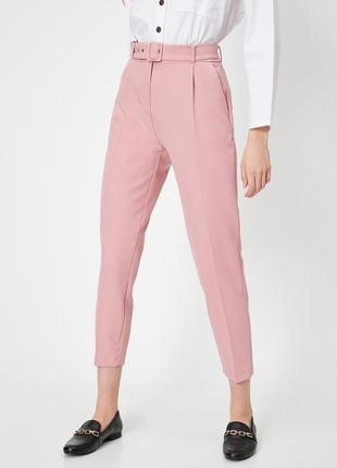 Розовые брюки штаны под костюм