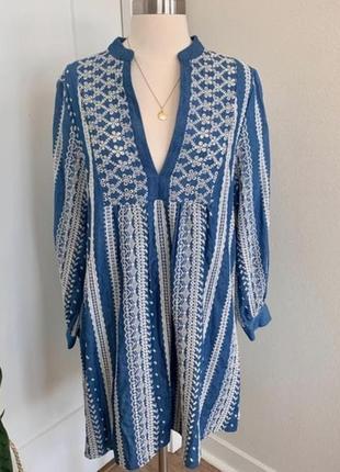 Очень красивое платье вышиванка zara