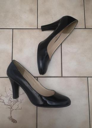 Шикарные туфли m&co. англия.