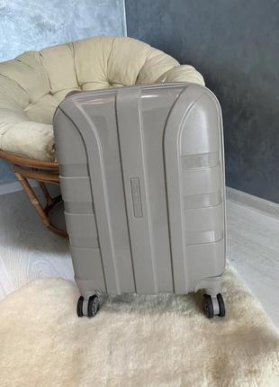 Валіза чемодан