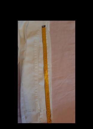 Белые джинсы10 фото