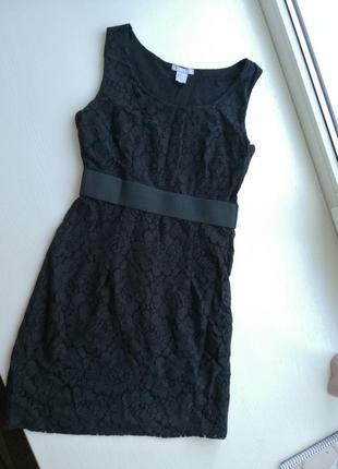 Черное, кружевное платье.
