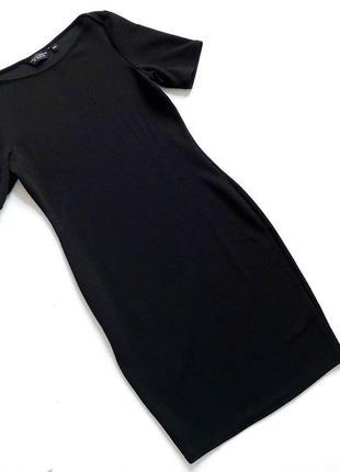 Фактурное черное платье