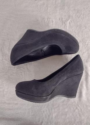 Туфли замшевые graceland 37р.