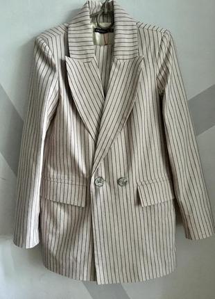 Шикарный льняной костюм / пиджак и брюки