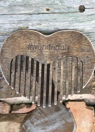 Гребінець для волосся. у вигляді серця.