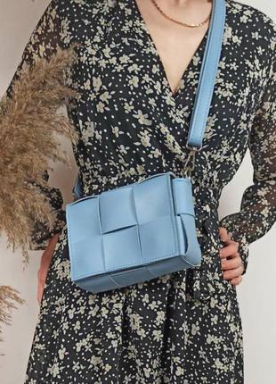 Сумочка через плечо женская голубая кроссбоди бананка жіноча через плече сумка