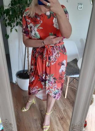 Boohoo еластична асиметрична сукня принт квіти з поясом