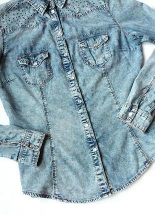 Крутая джинсовая рубашка denim co с шипами 12р
